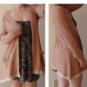 logo lori goldstein dusty rose cardigan top S/M